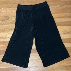 Chico's size 3 gaucho style pants
